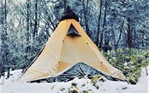 オガワのピルツ15で、雪中キャンプ。