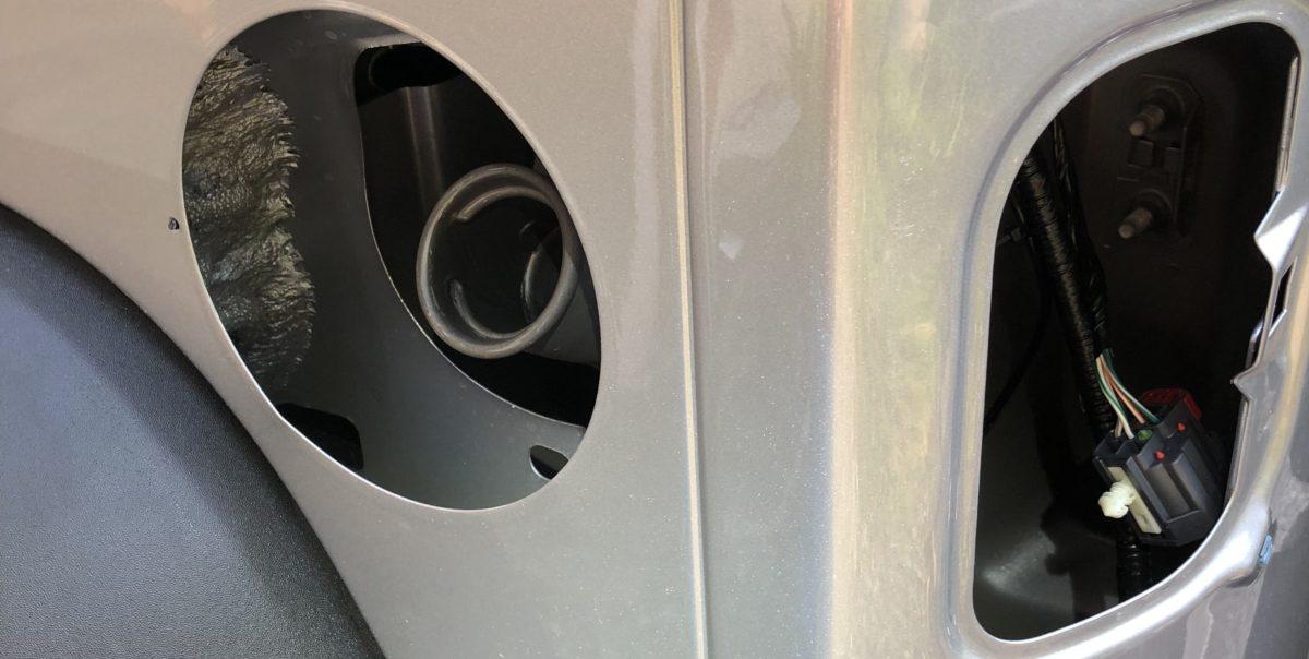 燃料カップパーツ等が全部外れた状態