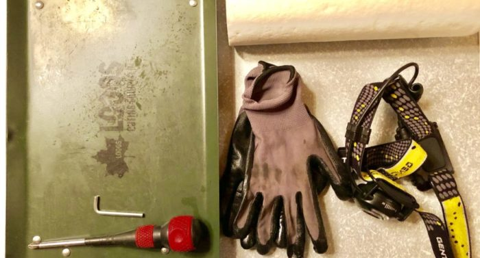 フューエルドアの取り付けに使用した工具