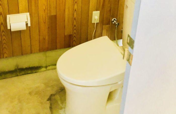 創造の森のトイレ
