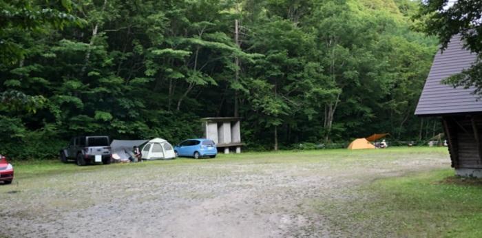 野営場の駐車場