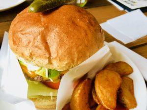グッドバイブレーションのハンバーガー!