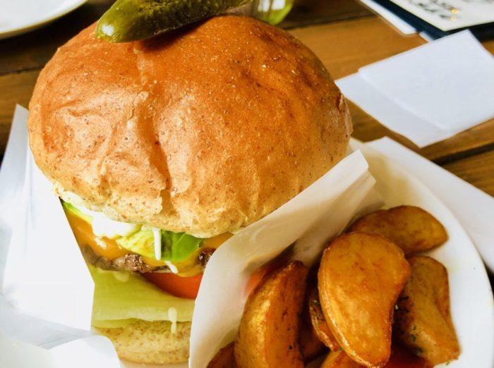 グッドバイブレーションのハンバーガー