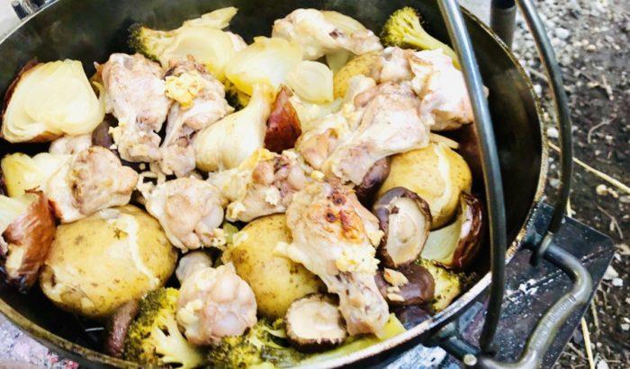 ダッチオーブンで料理