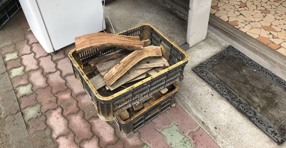 ひするまキャンプ場の薪